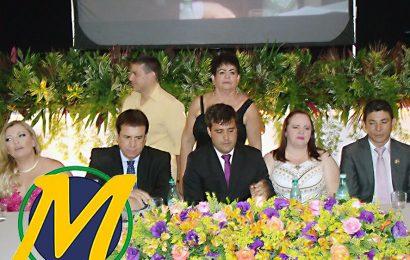Câmara de Vereadores realiza sessão solene para a entrega dos Títulos de Cidadão Cabo-friense