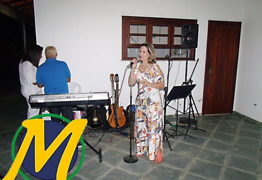 SANDRA DE BADU