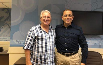 DR KAFURU VAI AO PALÁCIO DAS LARANJEIRAS BUSCAR MAIS RECURSOS PARA ARRAIAL DO CABO