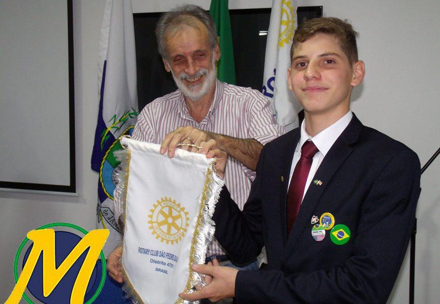 ROTARY CLUBE DE SÃO PEDRO DA ALDEIA SE DESPEDE DE MAIS UM INTERCAMBISTA